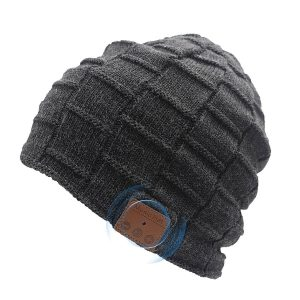 EMBRACING NEW TECHNOLOGY | BLUETOOTH BEANIE