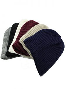 HAPPY GO LUCKY HIPSTER | BEST PLAIN BEANIES FOR GUYS