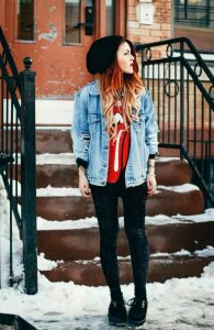 The 'grunge' version How To Wear A Beanie Like A Style Expert: For Women