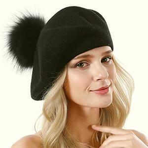 Women Wool Beret with a Fox Fur Pompom