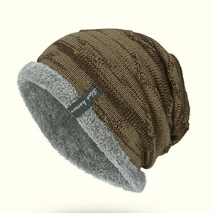 Men's slouchy beanie with fleece lining and rolled edge