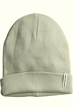 Double-sided letterboxed woven label Herschel beanie