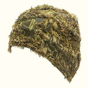 Camo beanie with knit grass