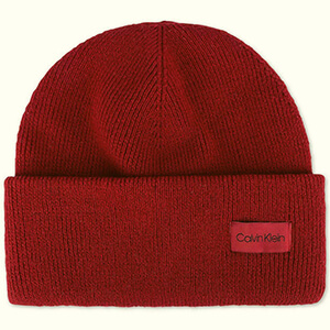 Longer cuff Calvin Klein beanie with the small label