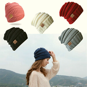 Slouchy knitting stripes fleece-lined beanie