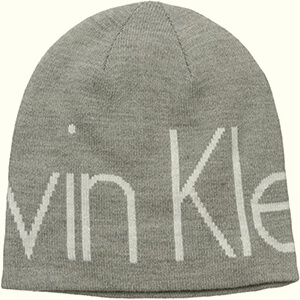 Close-fitting Calvin Klein beanie with large script