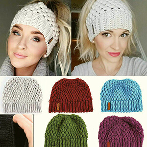 Puff stitch knit white beanie with ponytail hole