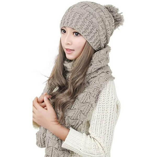 Women's Knitted Winter Hat And Scarf Set
