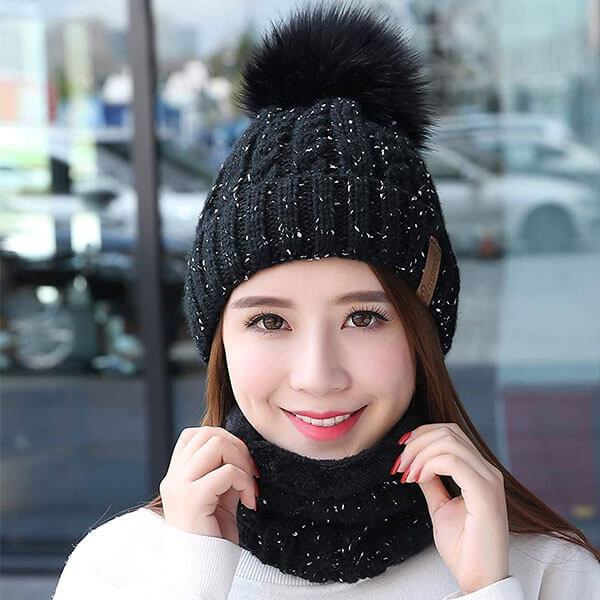 Warm Winter Slouchy Pompom Hat And Scarf Set For Women