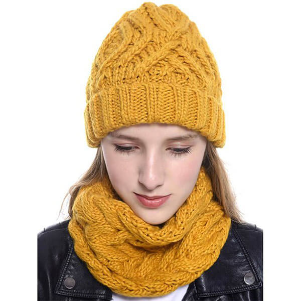 Baggy Hat Style Beanie And Scarf Set For Women