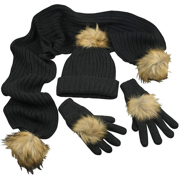 Comprehensive Pom-Pom Beanie Set