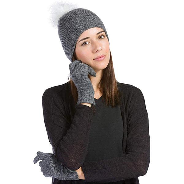 Pom Hat and Glove Set
