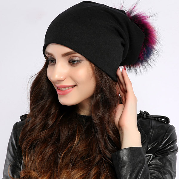 Thick pom-pom casual hats for women