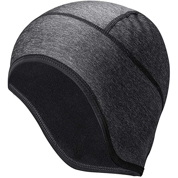 Sturdy motorcycle beanie with rear reflective strip