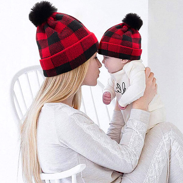 2 in 1 pom-pom plaid beanie for mommy and son