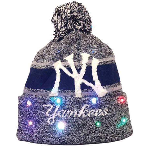 MLB New York Yankees Led Knit Pom-Pom Beanie