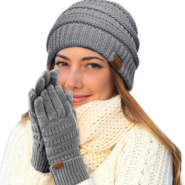 Warm, High Quality Beanie with Touchscreen Gloves